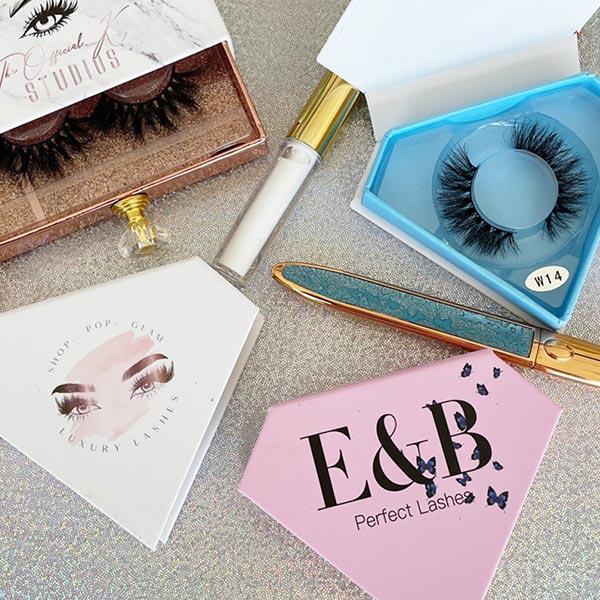 Eyelash Box Open Style